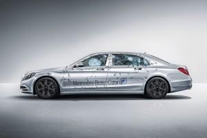 A világ legbiztonságosabb civil autója a Mercedestől