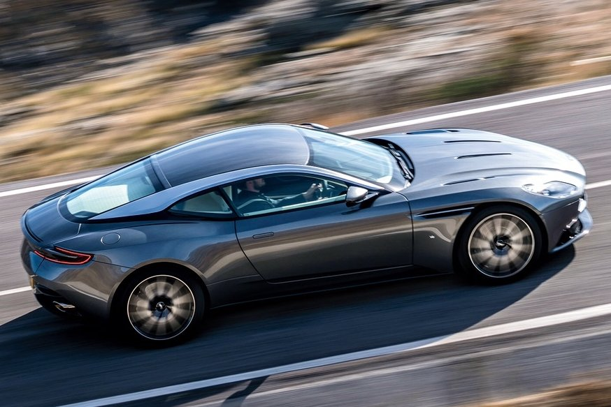 aston-martin-db11-cs4-1