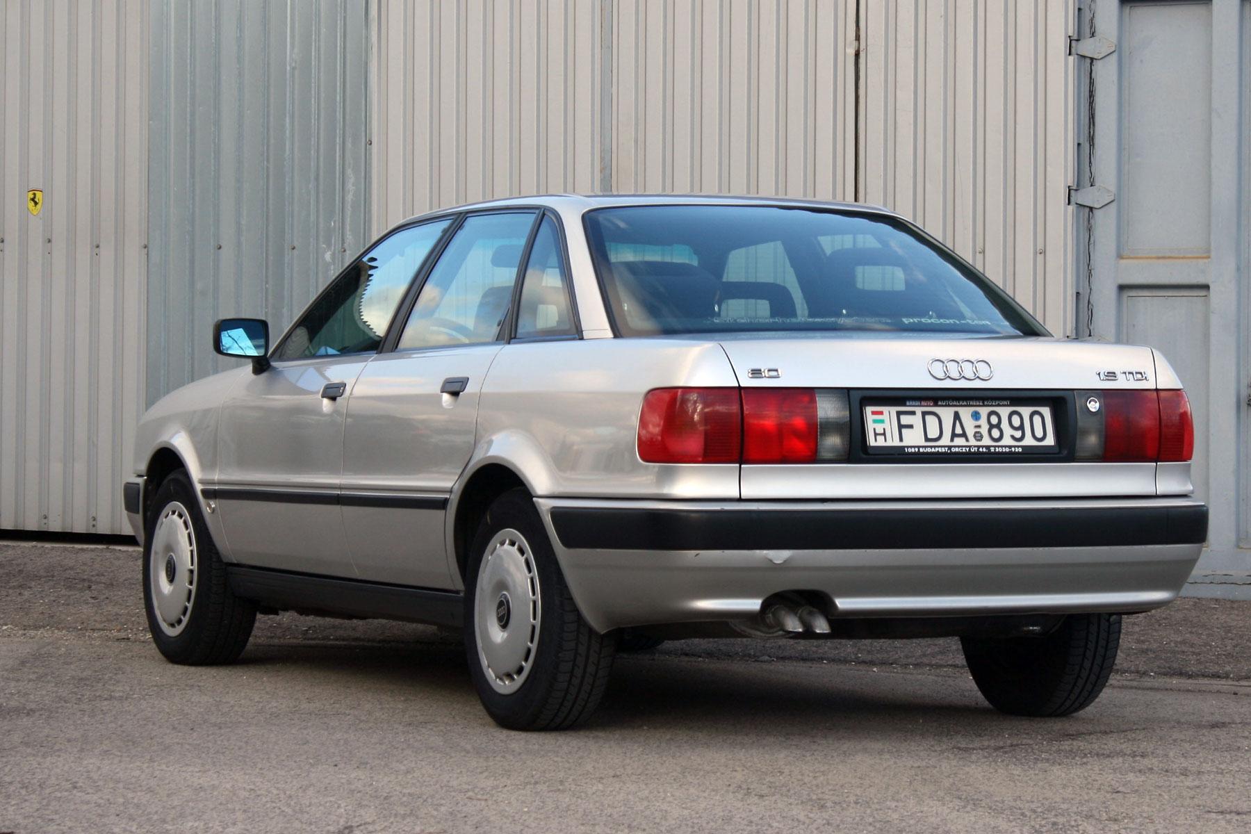 1992-ben, a Deák téri autószalonban vásárolta tulajdonosa. Az úr akkor 61 éves volt, ma 85