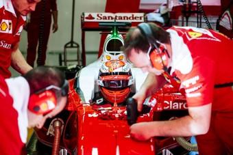 F1: Csüccsenj Räikkönen fejére! - videó