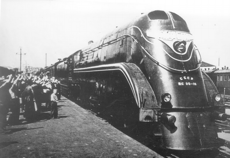stalinlocomotive007-10