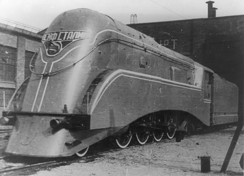 stalinlocomotive007-7