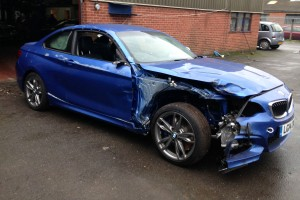 Elmenekült a BMW-t törő pesti futár