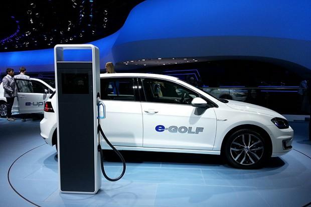 Kínai céggel fejleszt elektromos autót a Volkswagen