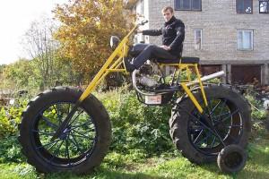Az orosz férfi elképesztő dolgot művel a garázsban