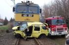 Túlélte az autós vonatgázolást Vásárosdombónál