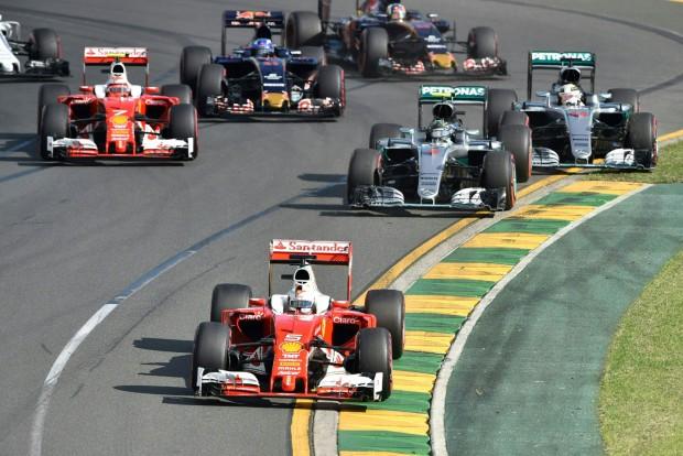 F1: Nem hülyít minket a Mercedes