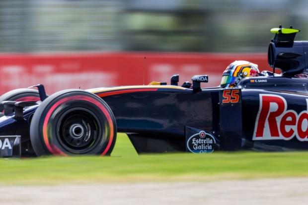 Red Bull: El a kezekkel Sainztól!