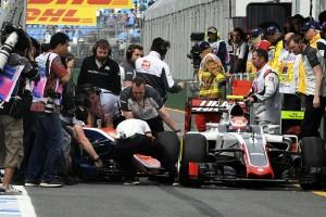 F1: Büntetéssel kezd az újonc
