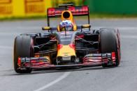 F1: Hiába szeretné Ricciardót a Ferrari és a Merci
