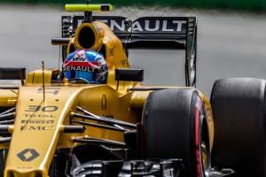 F1: A Renault nem becsüli a pilótáit?