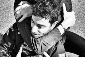 F1: Ketrecharcos fogással fojtogatták Ricciardót