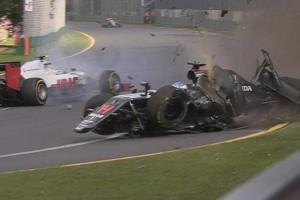 F1: 450-es tempót, több balesetet?