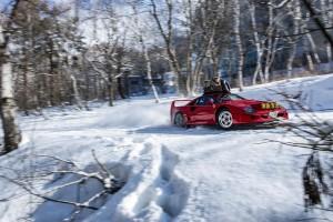 Így még senki nem csapatott hóban Ferrarival