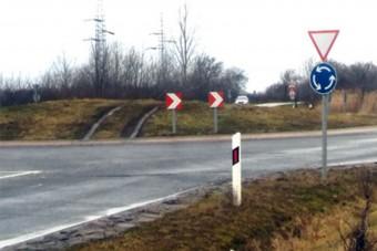 Egy magyar körforgalom, ahol nem kérdés mi történt