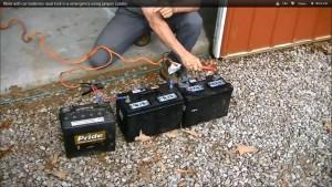 Ha nagyon kell három akkumulátorral is lehet hegeszteni