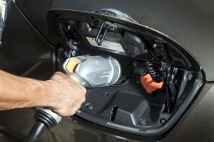 Ezer új villanyautó-töltőpont épülhet
