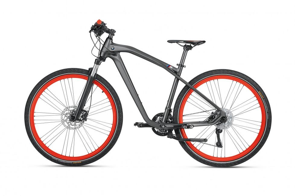 P90212206_highRes_bmw-cruise-m-bike-20