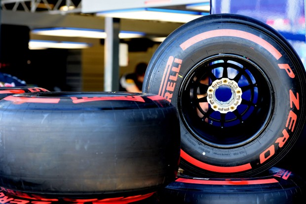 F1: A Pirelli gumiproblémáktól tart Bakuban