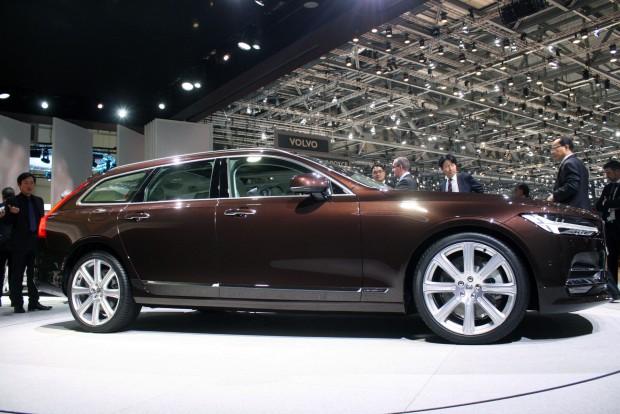 Szeptemberben lesz itt az autó Magyarországon, alapára 14,8 millió Ft