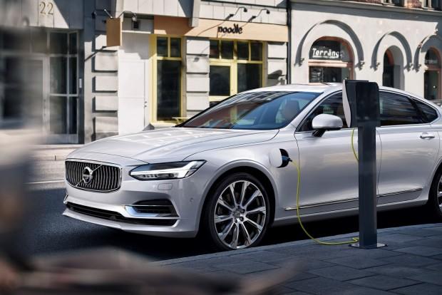 Tíz éven belül egymillió elektromos Volvo