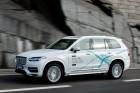 Száz családnak ad robotautót a Volvo