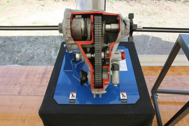 4x4-es terepváltó és felező, 36 kilogrammos tömeggel
