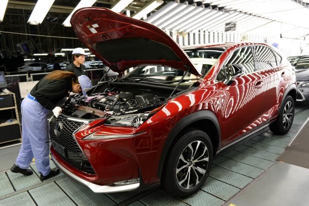 75 milliárdot bukik a Toyota