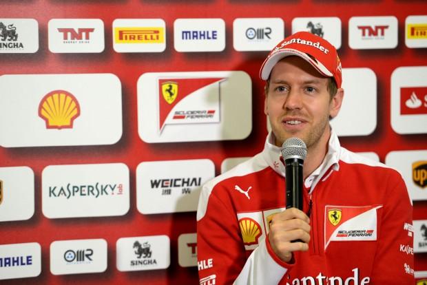 Vettel: A Mercedes a favorit