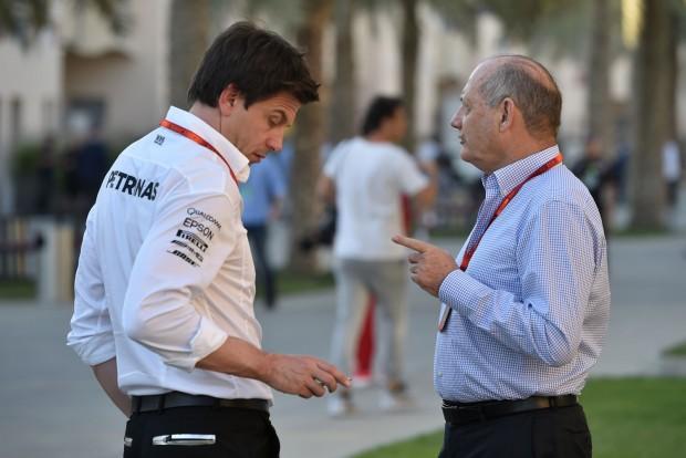 F1: Perre ment a mérnökért a McLaren és a Merci
