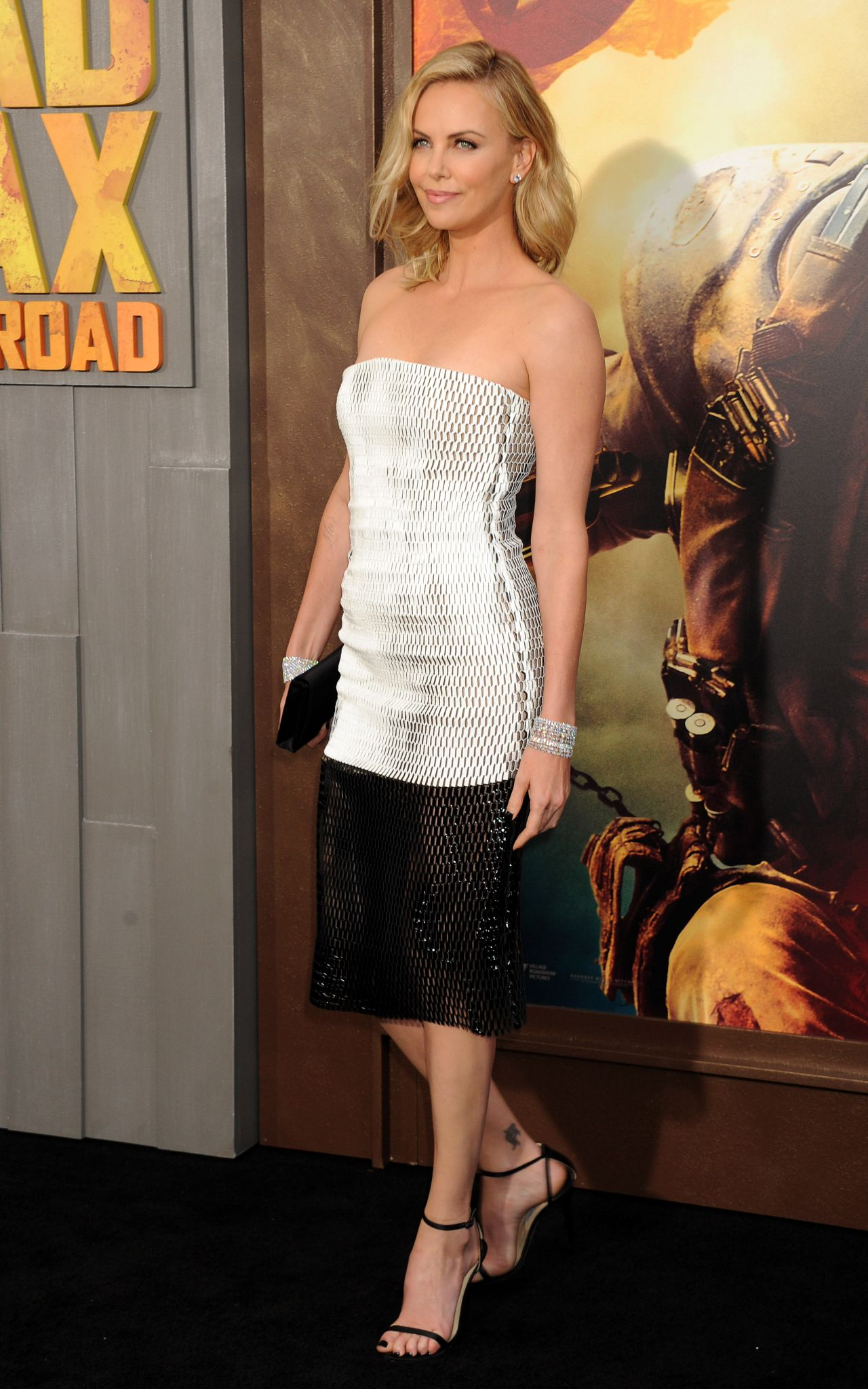 charlize-theron-mad-max-fury-road-premiere-in-hollywood_1