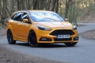 Teszt: Ford Focus ST 2.0 TDCI Kombi