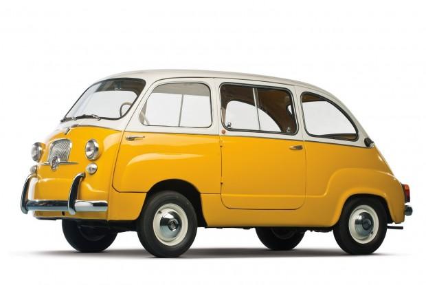 Szépnek csak jóindulattal nevezhető a Fiat 600 Multipla. De praktikus volt és ma vagyonokat ér