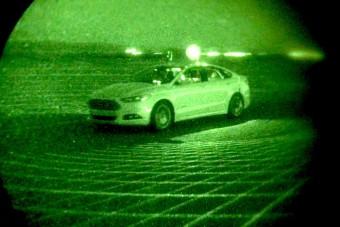 Vaksötétben is boldogul a Ford önjáró autója