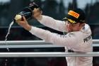 F1: Káoszfutamon győzött Rosberg, Hamilton lemaradt