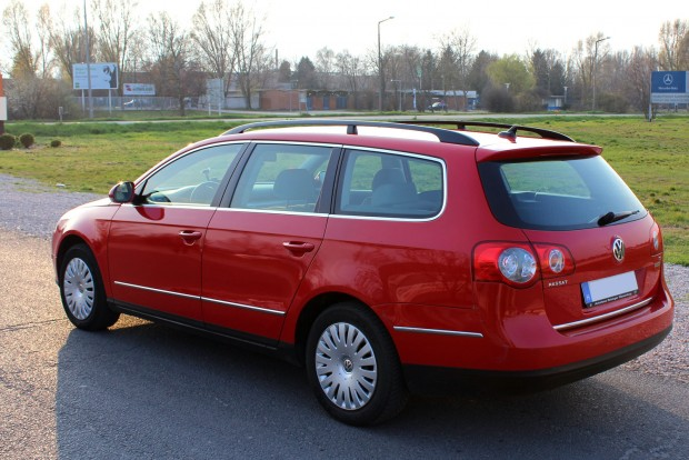 Mivel a sűrített földgázas Passatok gyártása nem 2005-ben indult a B6-os szériával, a legidősebb autók is 2009-esek