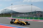 F1: A Renault kémeket enged be a tesztjére