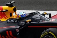 F1: A teszten vérzett el a Red Bull fejvédője