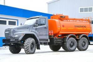 Off-road olajszállító az Uraltól