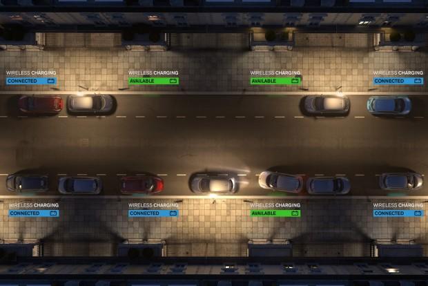 Vezeték nélküli töltőpontokon egymást váltják a töltésre váró autók