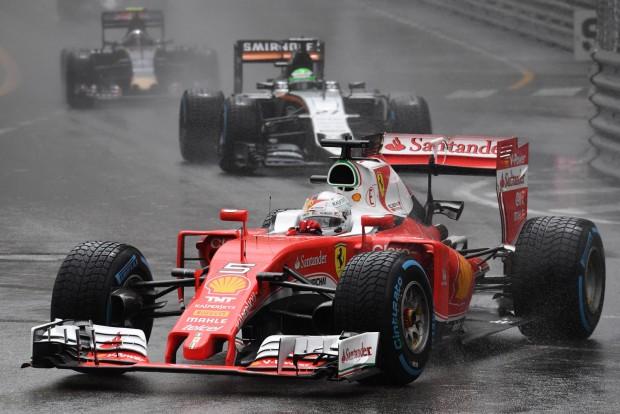 Vettel: Rajtam ment el a dobogó
