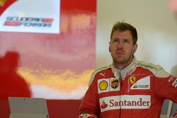 F1: Vettel nem tudja, hova lett a tempó