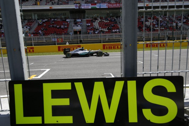F1: Hamiltoné a pole, villantott Verstappen