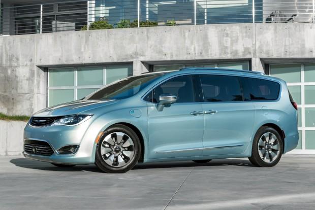 Fiat-Chrysler Google autonóm együttműködés
