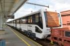 Megérkezett Budapestre az első felújított metró