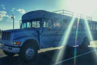 Iskolabuszt lopott egy 12 éves gyerek