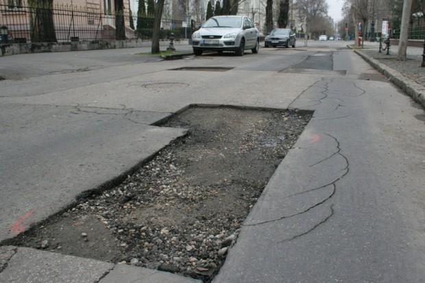 Kijavítják Magyarország összes kátyúját?