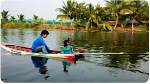 Ez a thaiföldi csónak mindenen túltesz, amit eddig vízen láttunk