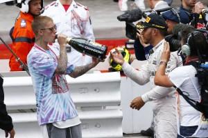 Justin Bieber a Forma-1-es dobogón?