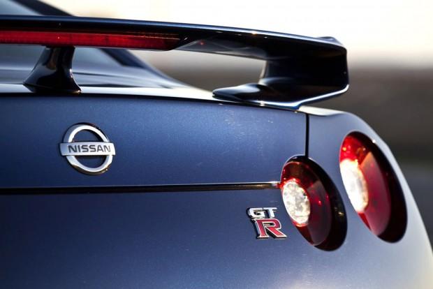 Beszáll a Nissan a Mitsubishibe